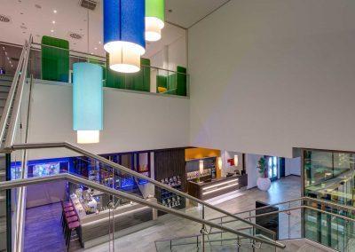 Park Inn by Radisson Neumarkt Treppenhaus Lobby
